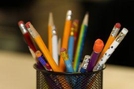 pencils-2409975_1920